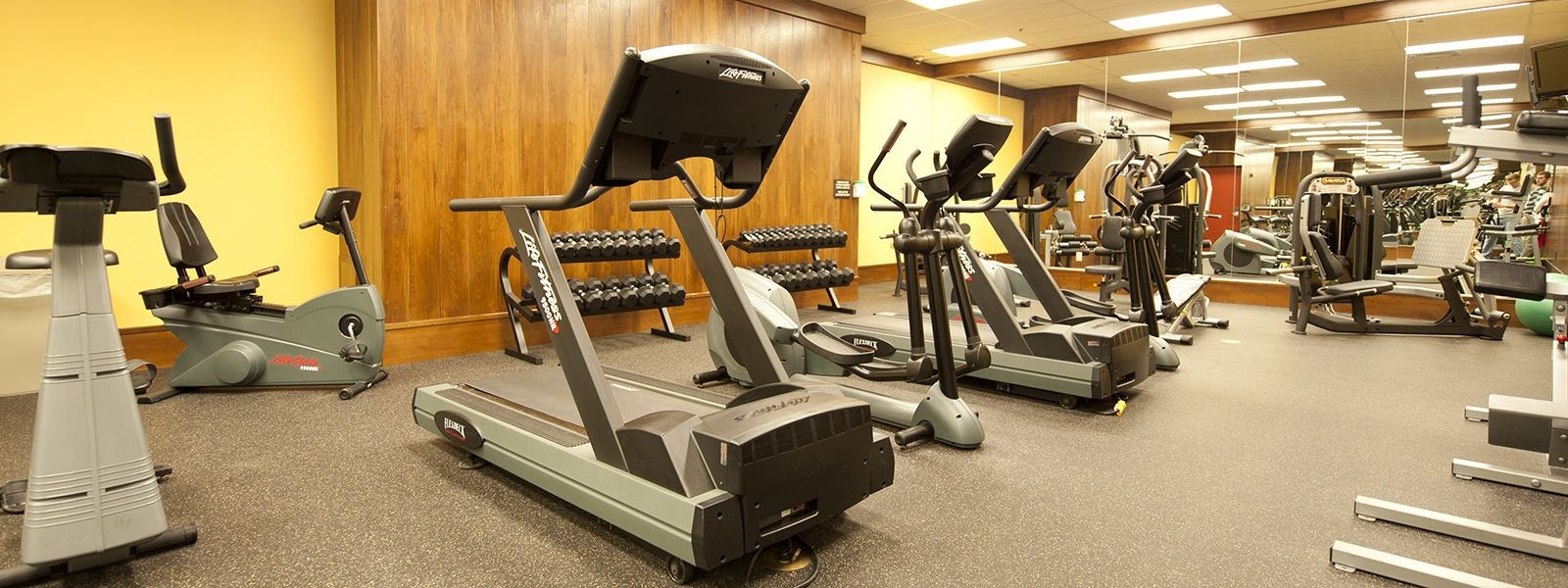 workout room with weight machines