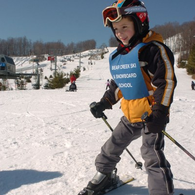 beginner skier at family ski area in pa