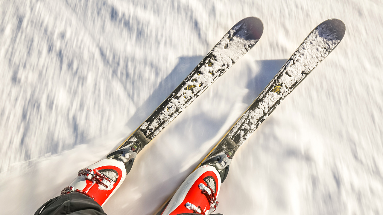 top down view of skis
